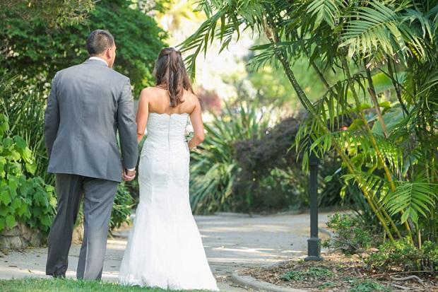 13b-Natural-Wedding-Posing-Tips